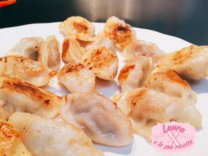 Ravioli cinesi di carne